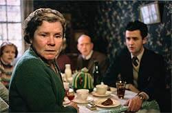 Imelda Staunton in Vera Drake